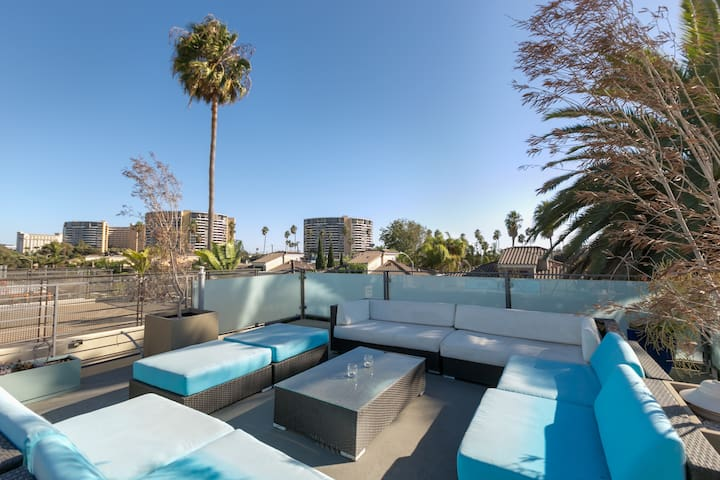 Rooftop, Front Patio w/Fire Pit by Venice Pier