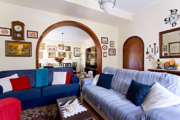 Casa in mezzo alla natura - Monreale  - House