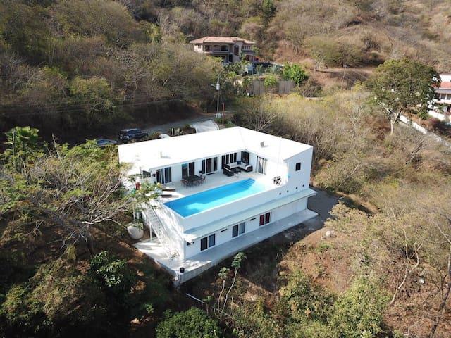 Spectacular Ocean View Casa Coralina