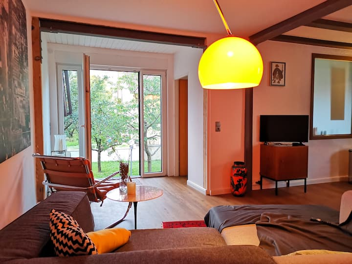 60 qm Apartment mit Garten Zugang NEU renoviert