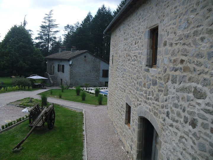 La Roussilhe, Gite