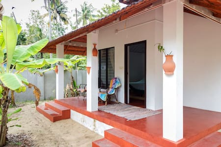 Cottage on Marari Beach, twin bed non a/c - Mararikulam