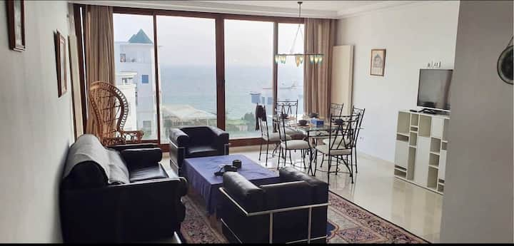 2 suites beachfront apartment