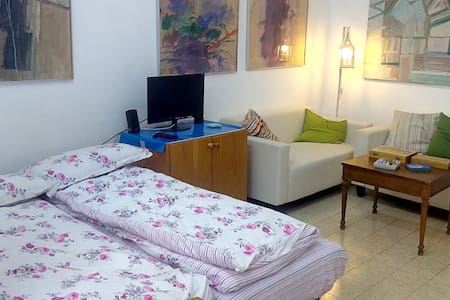 Bed in 5-Bed Mixed Dormitory Room13 - Gedera