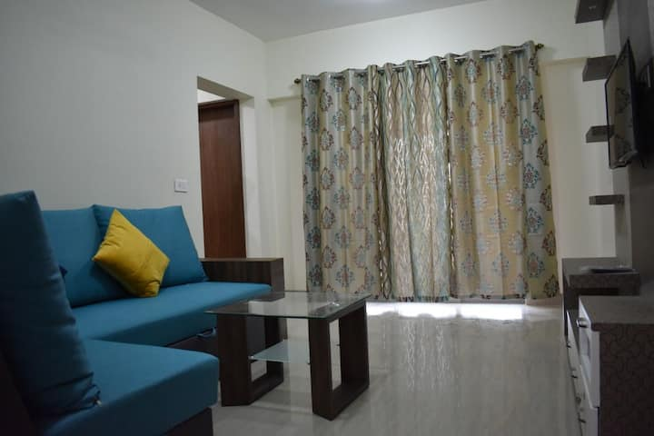 2bhk fully furnished apartment near Pune Airport