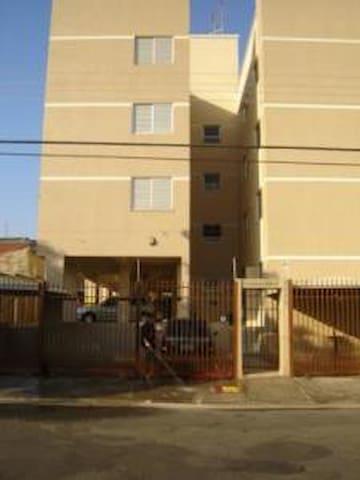 Lindo Apto 2 dormitórios em Americana-SP - Americana - Apartamento
