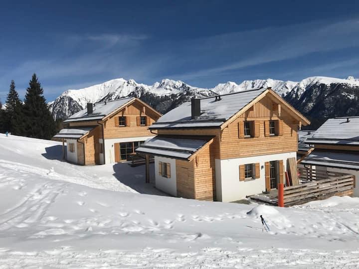 Chalet Ski in/Ski out Sauna-barrel and bath barrel
