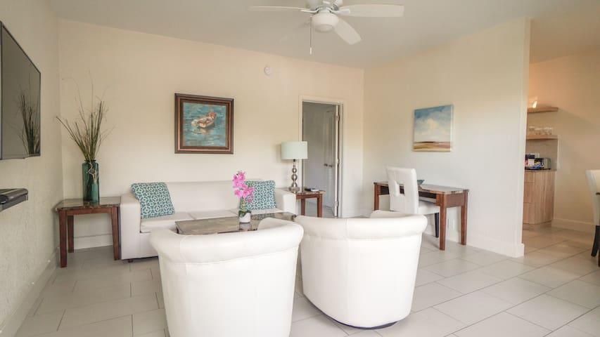 Fort Lauderdale Beach Apartment C