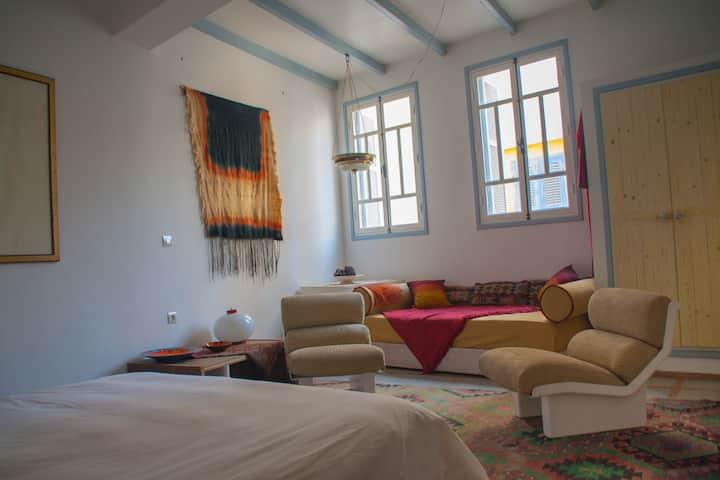 Private Room Essaouira Médina Free wifi - Red Room