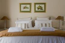Main bed en suite