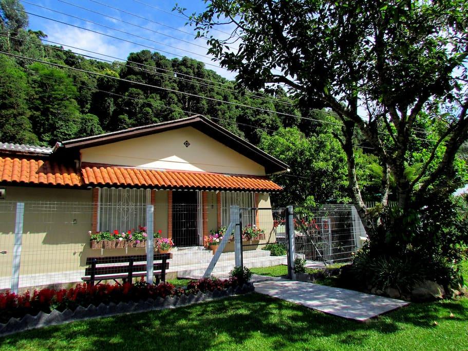 Casa fica na beira da estrada que conecta a cidade de Nova Petrópolis a Gramado