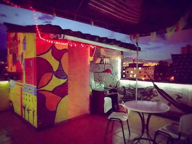 Room with rooftop near El Poblado