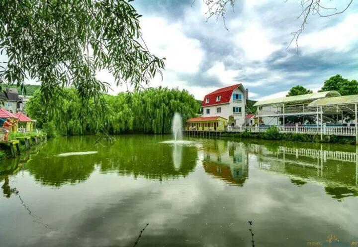 Гостевой дом Рыбацкая усадьба, Черное море, Джубга
