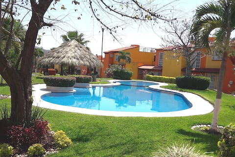Tetecalita, Morelos, atrás del Jardín el Cid