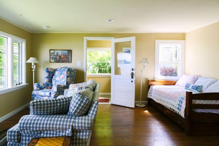 Seattle Lakefront Cottage - Seattle - Cabane