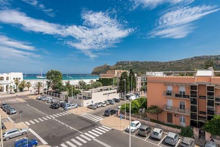 A Luxury apartment at Cagliari Poetto beachfront