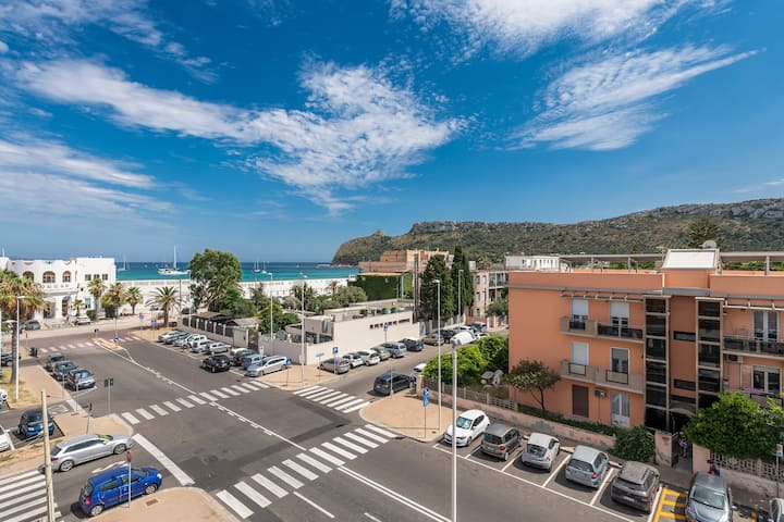 A Luxury apartment at Cagliari Poetto beachfront