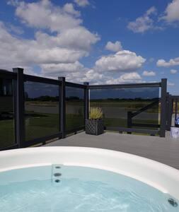 Home Farm Luxury Lodges 2 Bedroom Lodge