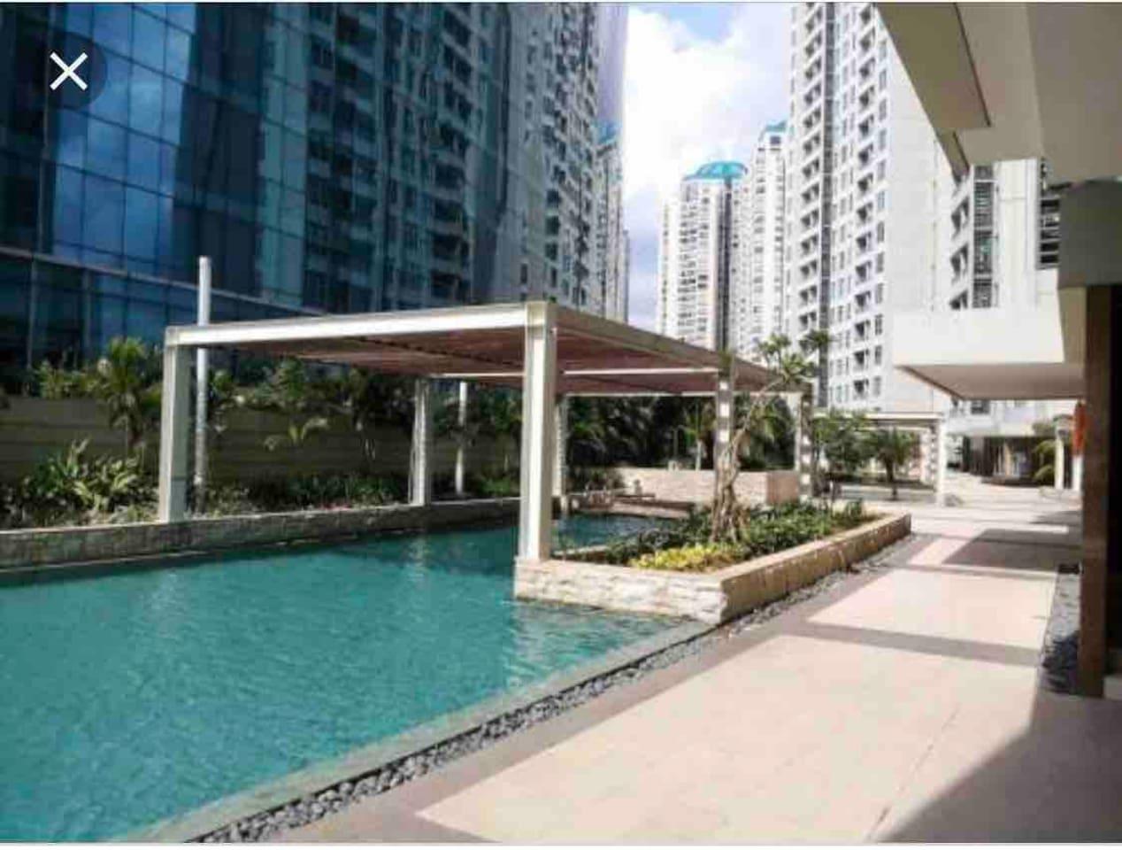Pool Area (16th floor) city view