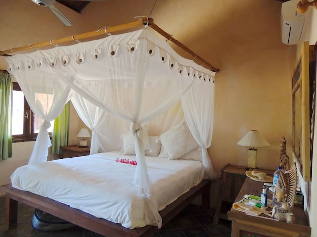 Villa Sedeoen/ Bedroom #3 - Nembrala, Rote Island