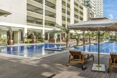 Cozy 1 BR unit, fully furnished, with WIFI - Pasay - Íbúð