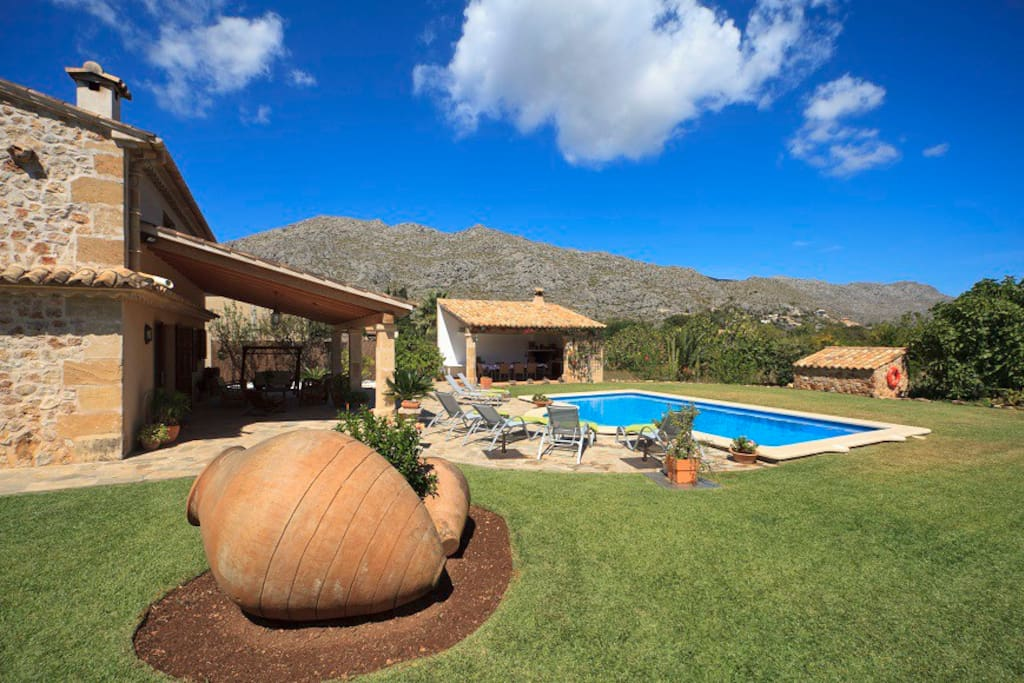 Villa garden, pool, and mountain views