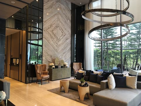 BRAND NEW* 1BR/Luxury/City View@BTS PhraKhanong