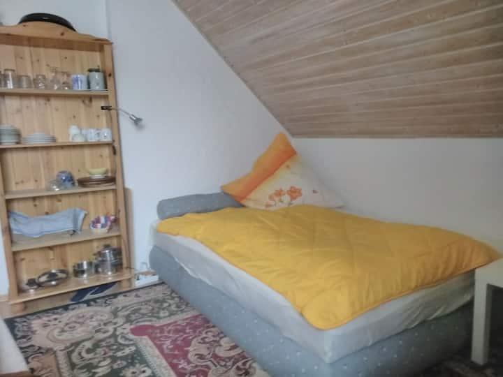 Schönes Zimmer mitten im Hopfenland Holledau