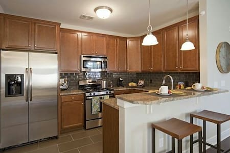 Modern Traveler's Haven 20 minutes from PHL - Woolwich Township - Daire