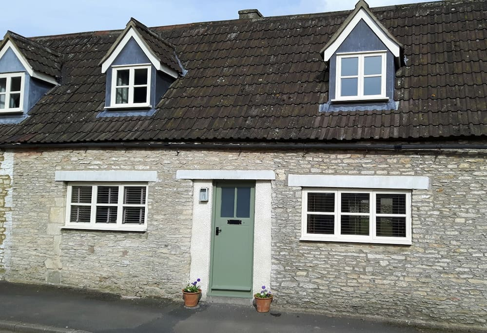 Street Cottage,  private entrance to 2 bed cottage