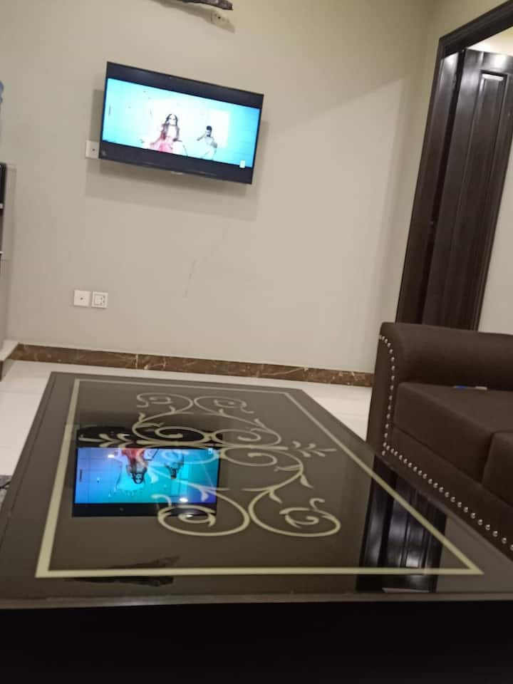 1 Bedroom Furnished Flat Available in BAhria Town