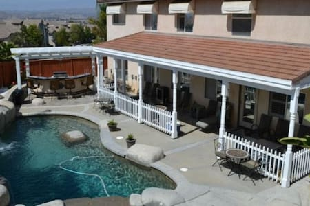 Resort-like home - Moreno Valley