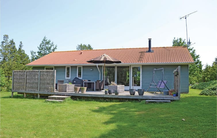 Holiday cottage with 4 bedrooms on 112m² in Skibby