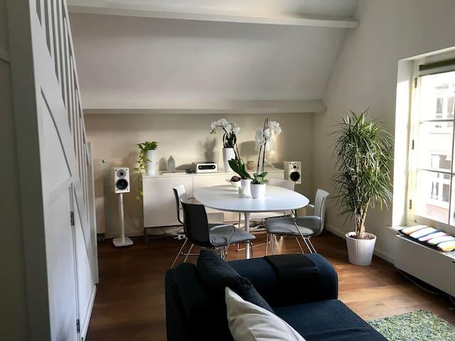Charming Jordaan Room