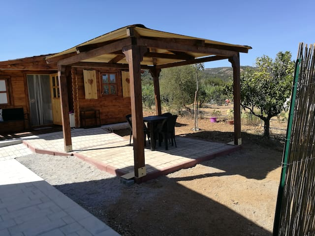 Chalet sardegna cottages for rent in bari sardo for Gazebo in stile francese