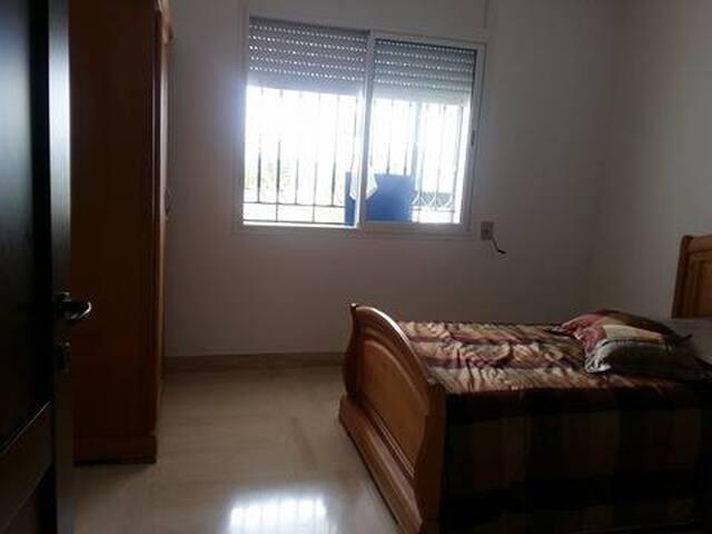 the sunny  garden  apartment