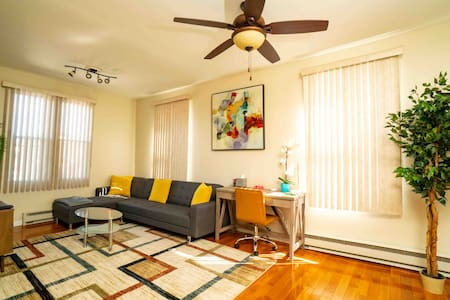Spacious & Comfy | 5★ Location, Mins from NYC