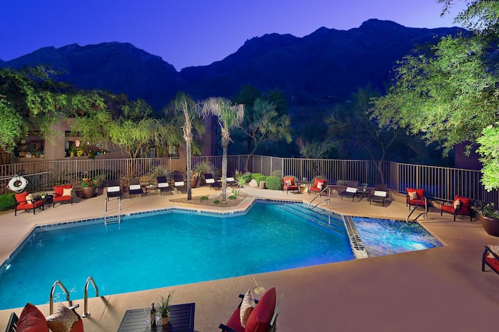 Modern Perfection The Greens in Ventana Canyon !