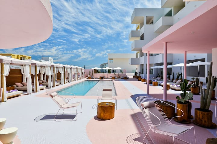 Paradiso Ibiza Art Hotel - 3 pax.