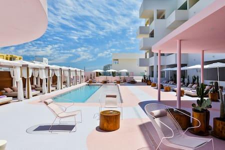Paradiso Ibiza Art Hotel - Junior Suite