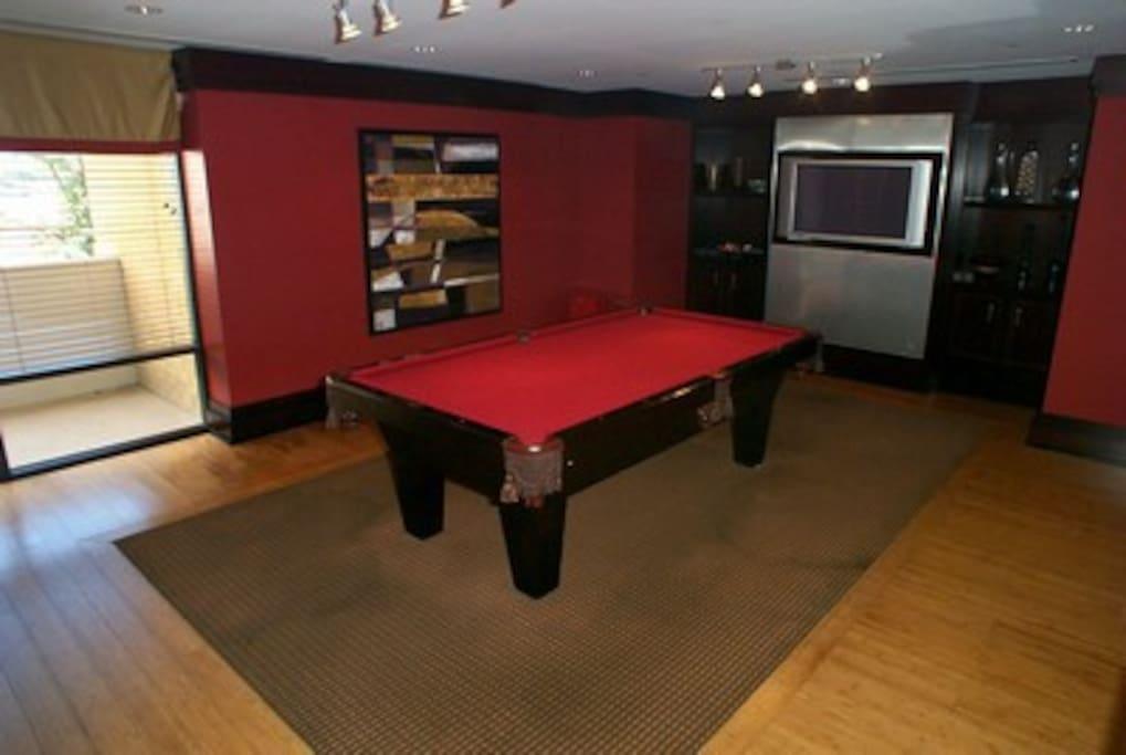 Clubroom/Billiards Room