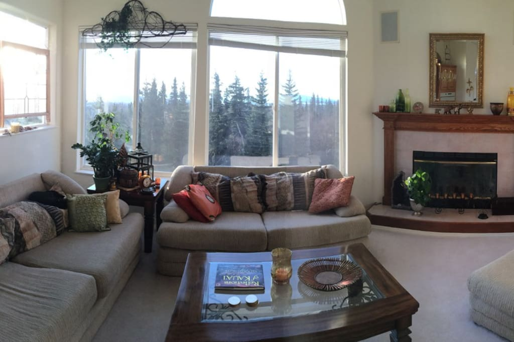Second floor living room for an awesome view of Sleeping Lady.