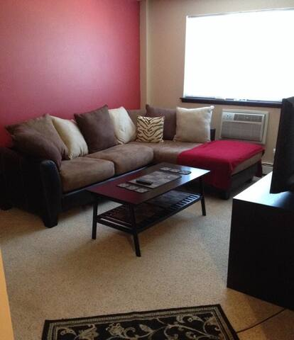 1 bed apt in trendy East Side - Milwaukee - Appartement