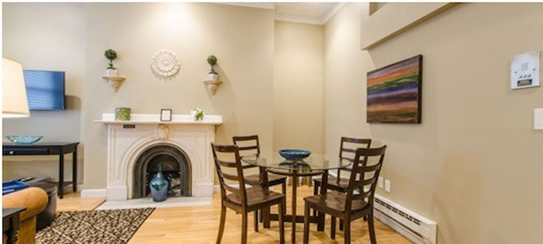 New Beacon Back Bay One Bedroom Apartment Apartments For Rent In Boston Ma