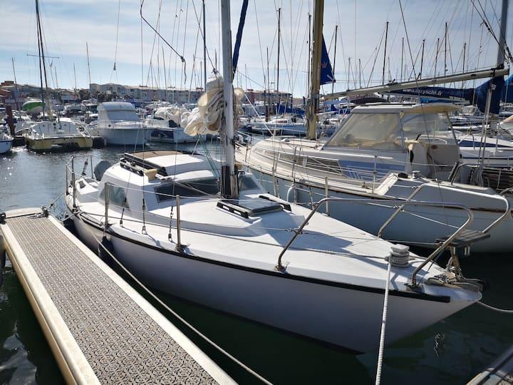 Charmant voilier au Cap d'Agde