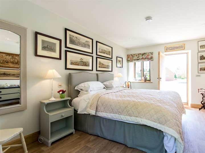 Cedar -Double room,Comfort,Ensuite,Garden View