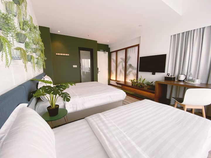-30%The Botanist Room @ The Atelier Boutique Hotel
