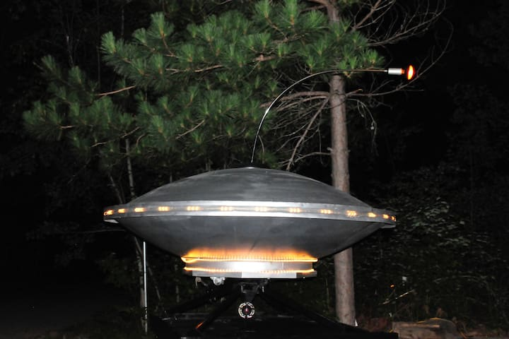 Sleep inside a UFO