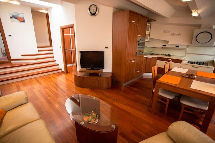 APP SUZY - Izola - Apartment