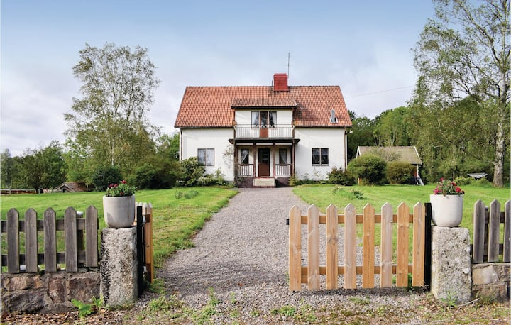 Awesome home in Vimmerby with 4 Bedrooms